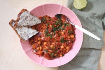 Tomatpande med kikærter